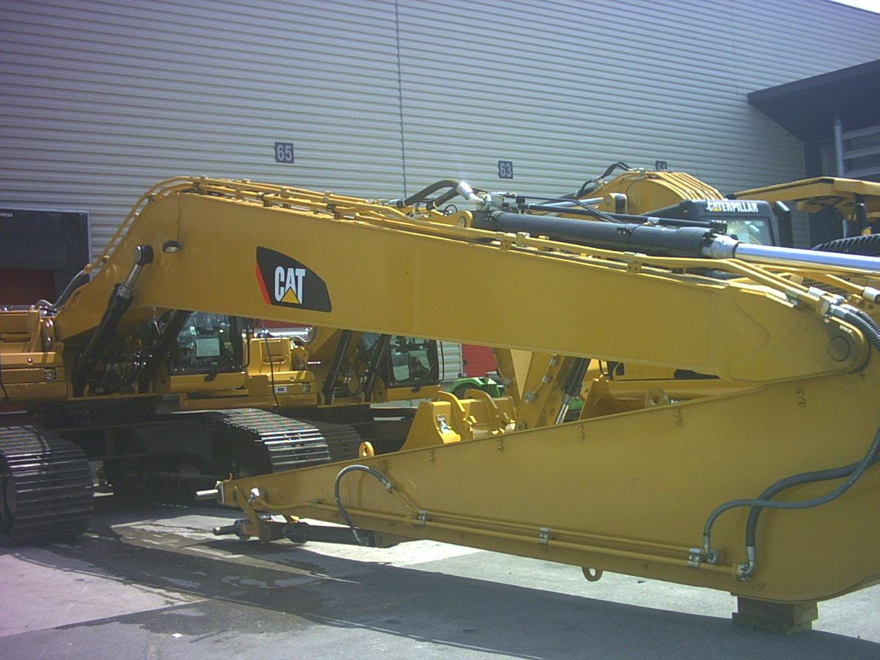 Instalatii hidraulice pentru barate de excavare.jpg