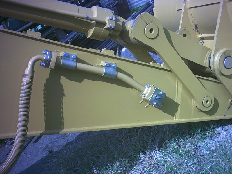 Instalatii hidraulice pentru barate de excavare 2.jpg